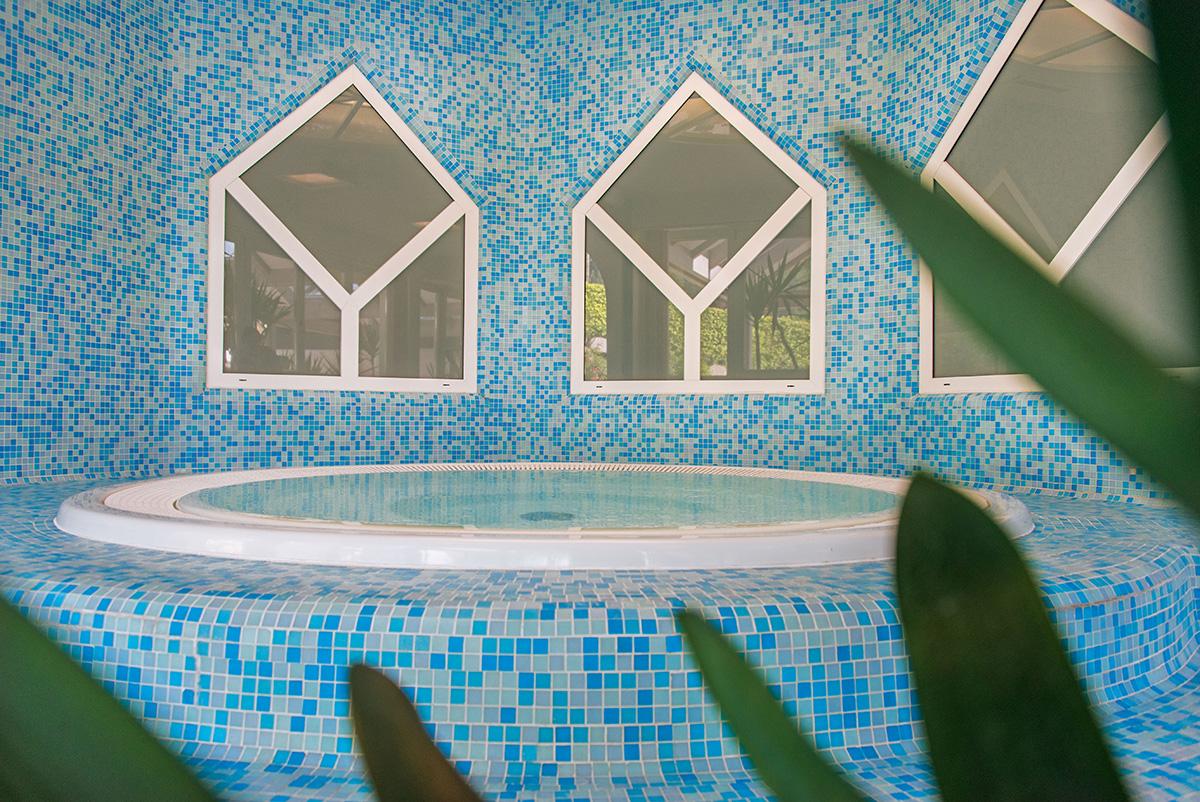 Vacanza benessere in Valle Aurina I Spa, sauna e piscina ...